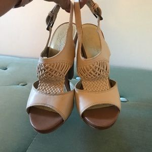 Almost NEW Seychelles Wedge (7 but fits like 6.5)